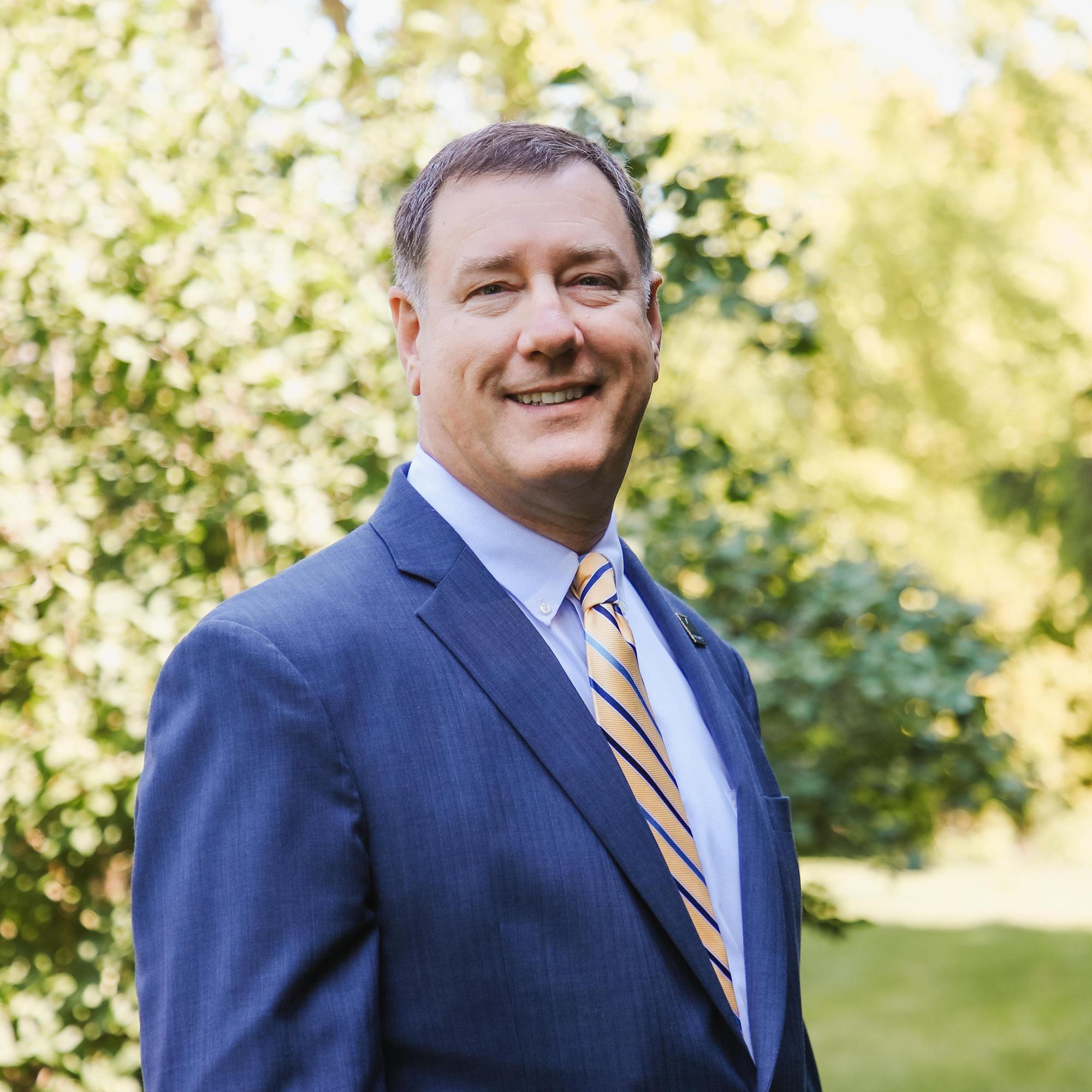 Dean Bruce Mueller