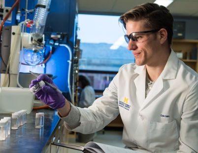 Student works in the Vahlteich Medicinal Chemistry Core